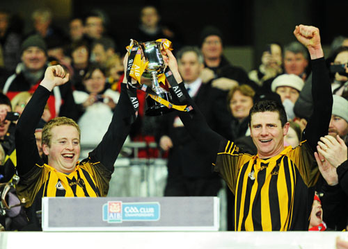 St Lachtain's captain Eoin Guinan, left, and team-mate Niall Phelan lift the cup. AIB GAA Hurling All-Ireland Intermediate Club Championship Final, St Gall's, Antrim v St Lachtain's, Kilkenny, Croke Park, Dublin. Photo by Paul Mohan