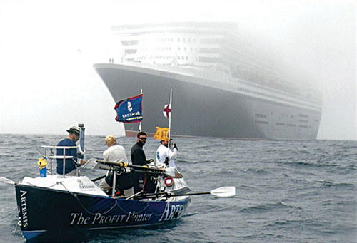 'Ship. What ship?' — There's something about Mary — The moment when Artemis 'met' the Cunard Queen Mary 2.